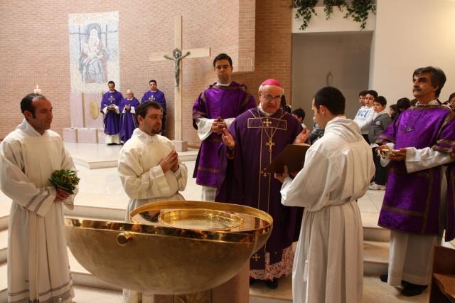 La_benedizione_del_Fonte_battesimale