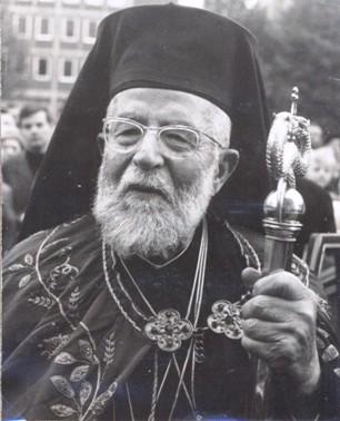 Maximos IV