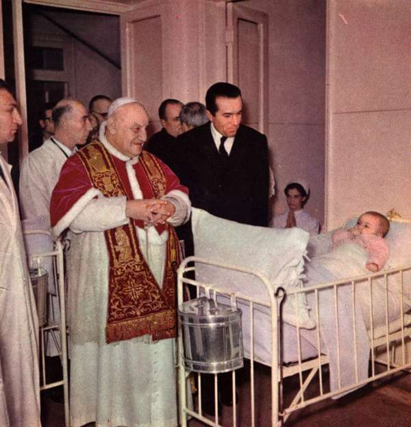 Giovanni XXIII coi malati
