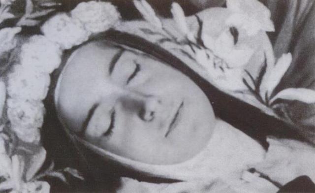 Santa_Teresa di Gesù Bambino  002